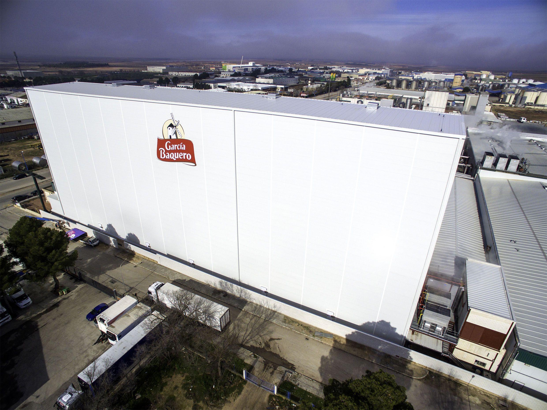 AR Racking completa el nuevo almacén autoportante de García Baquero