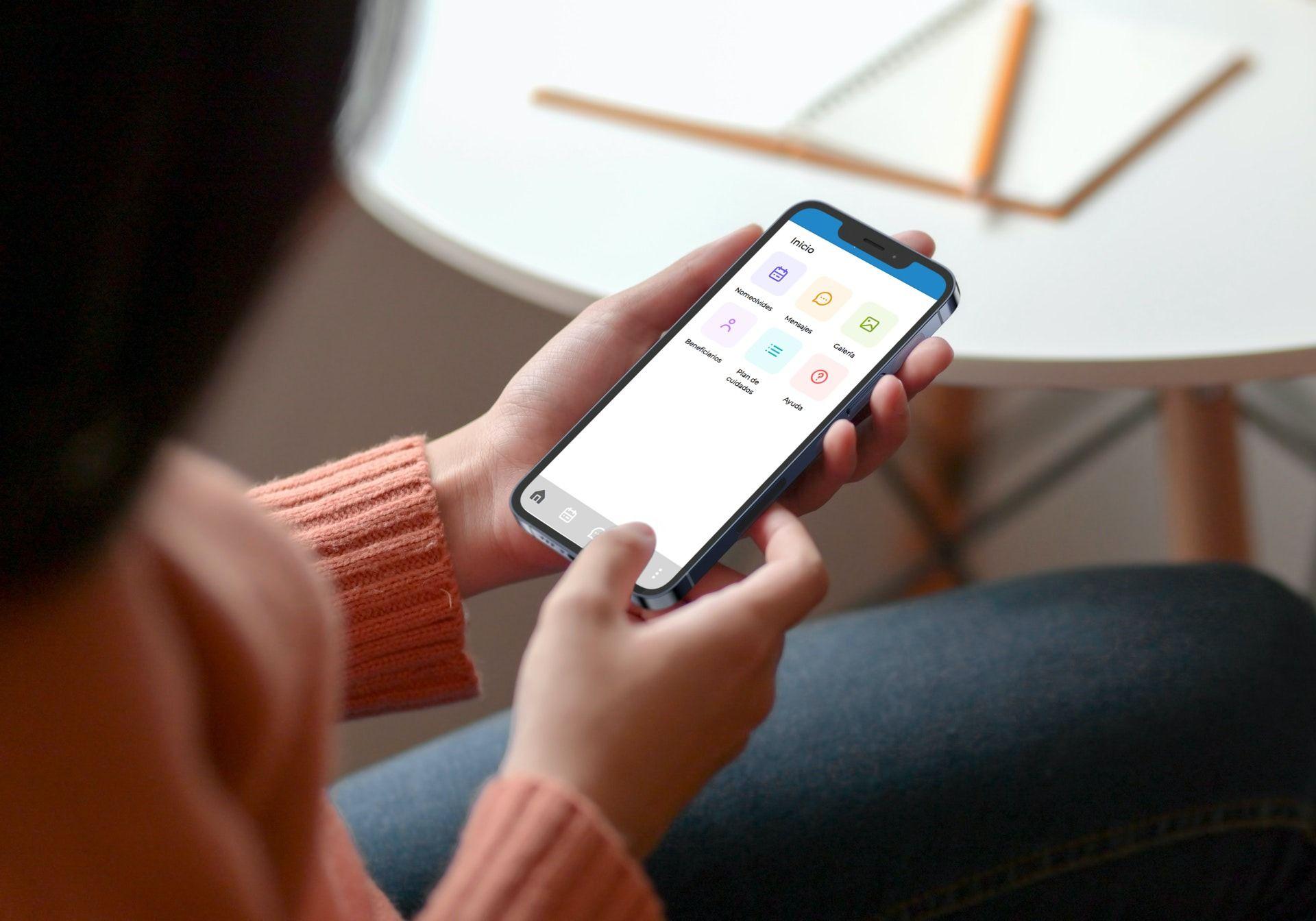 Depencare apuesta por la tecnología para mejorar la comunicación familia-cuidadora