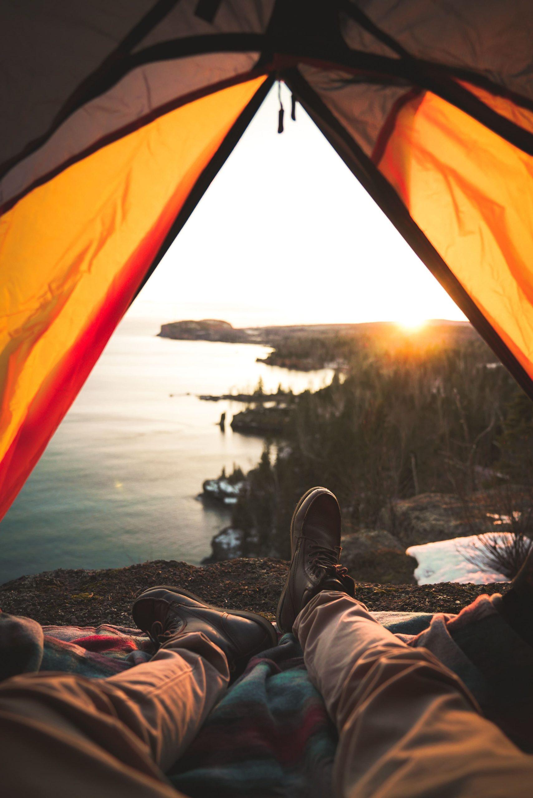 Elementos que no pueden faltar en una mochila de camping – TodoCamping