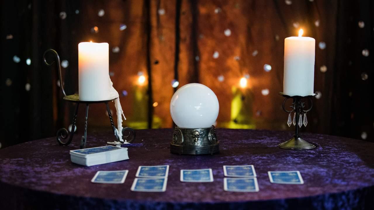 Tarot de Luz María: el tarot de videncia natural es sensitivo teniendo en cuenta la naturaleza de la persona