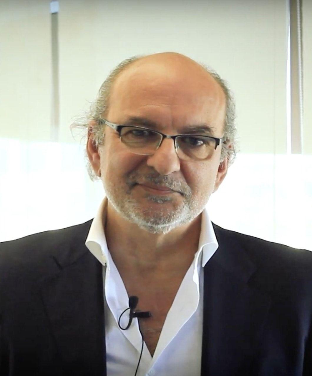 Alberto Álvaro Egaña reelegido presidente de la Escuela Chilena de Coaching
