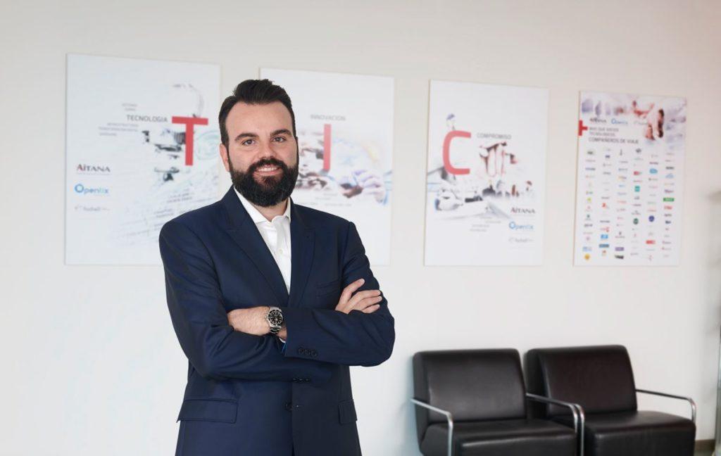 Foto de Daniel Segarra, director ejecutivo, en una de las sedes de