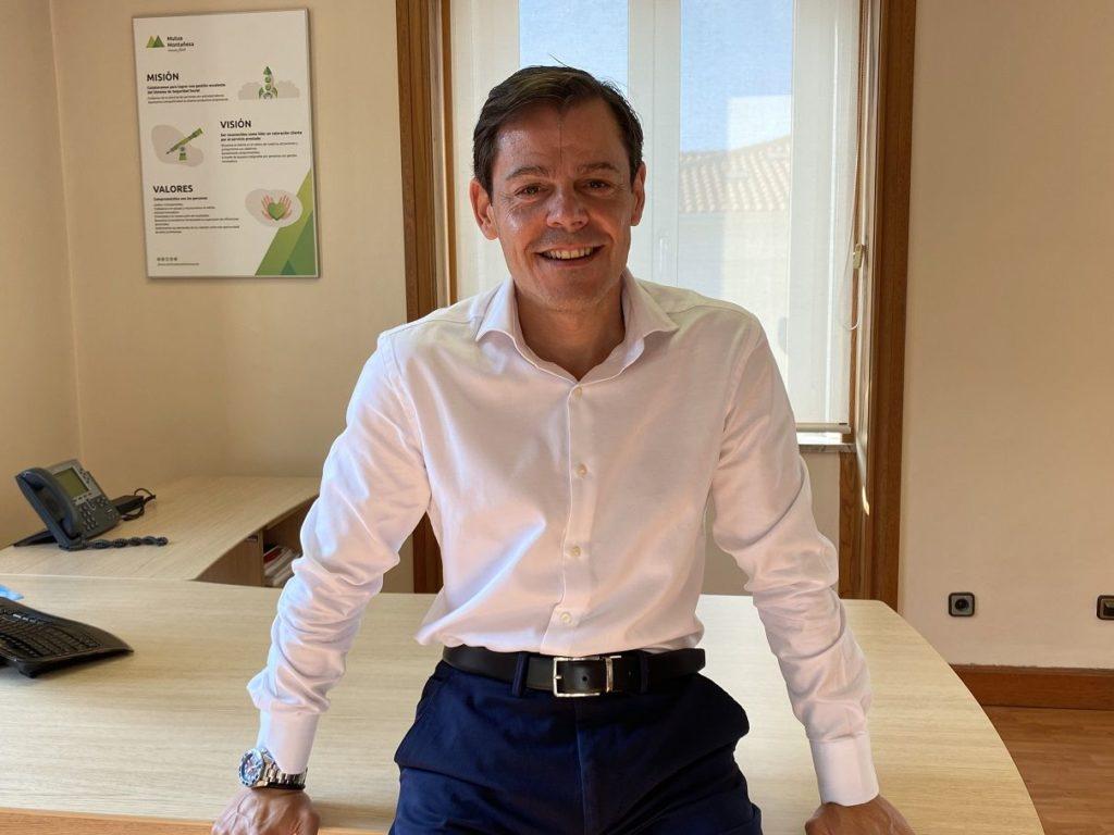 Foto de Alberto Martínez Director General de Mutua Montañesa