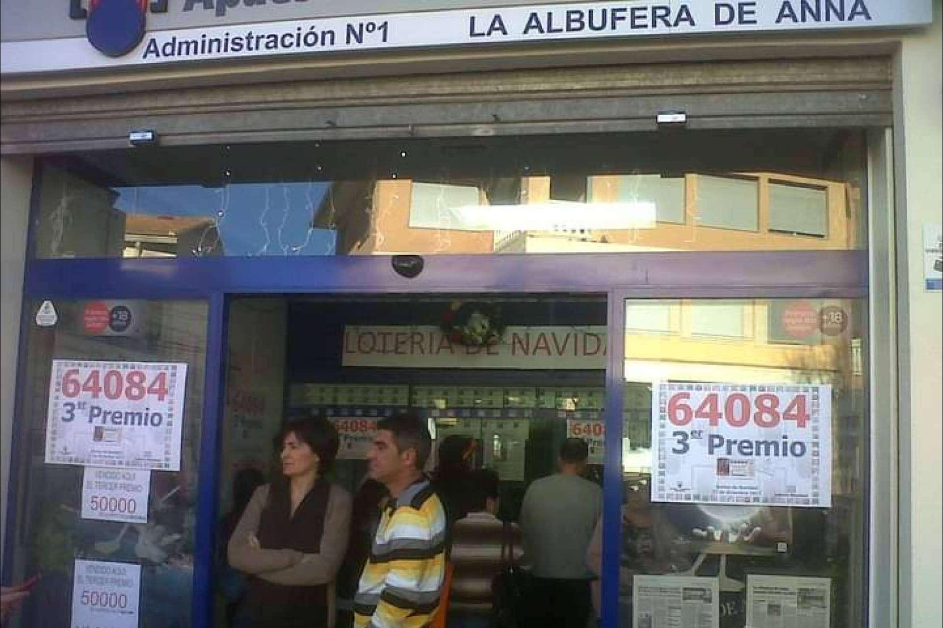 Lotería de Valencia ya percibe la gran afluencia por las compras online de Lotería de Navidad en Valencia